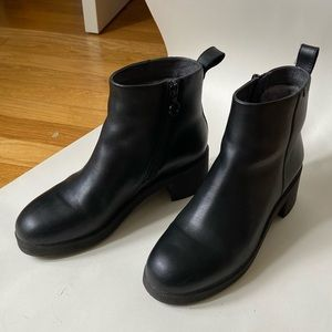 Camper GORE-TEX Wonder Ankle Boots Chunky Heel 38